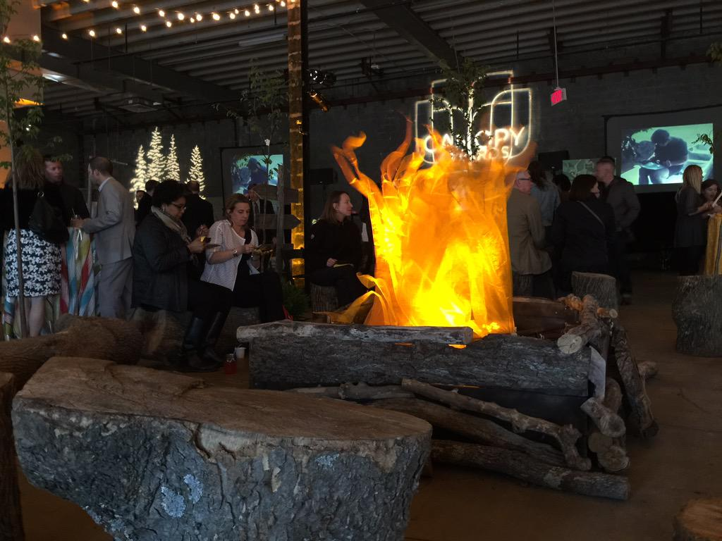 The fire is hot, the food is fab and the drinks are delish! @CaseyTrees #canopyawards @UnionMarketDC http://t.co/wOkV6036Ov