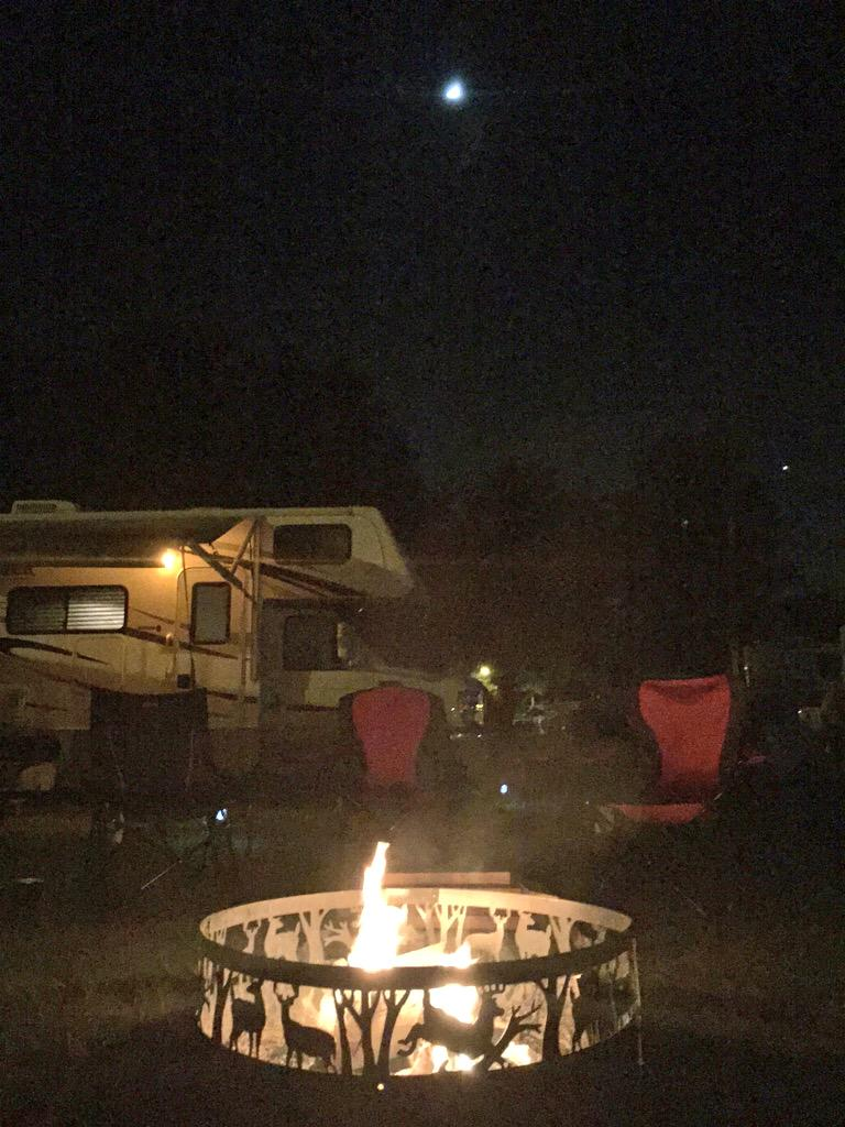benmarks: #RoadFromImagine current status...nn#SunNFun air show camping with @iopflygirl! http://t.co/jfkj15pqOh