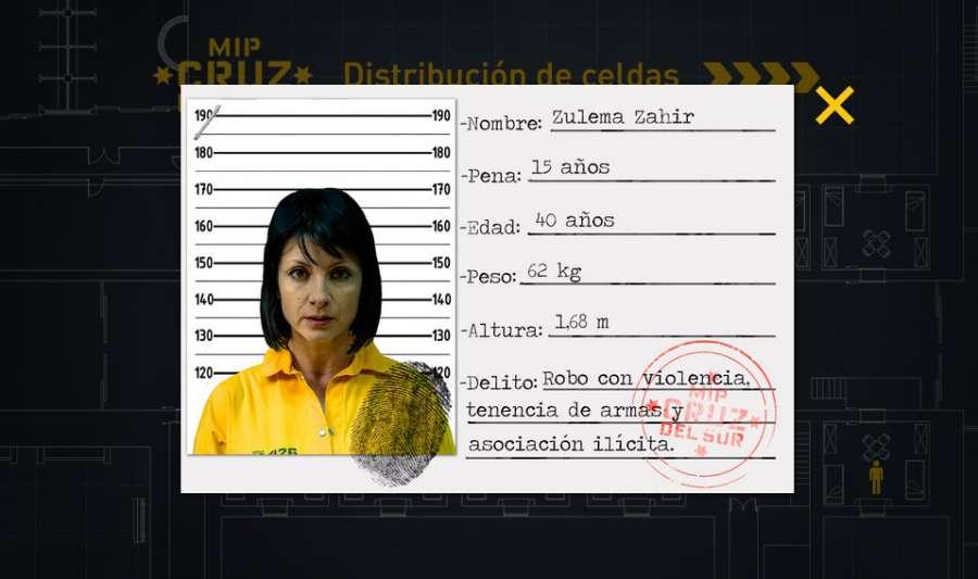 ¿Cuánto mide Berta Vázquez? - Altura - Real height CDWikhtWYAAugWz?format=jpg&name=900x900