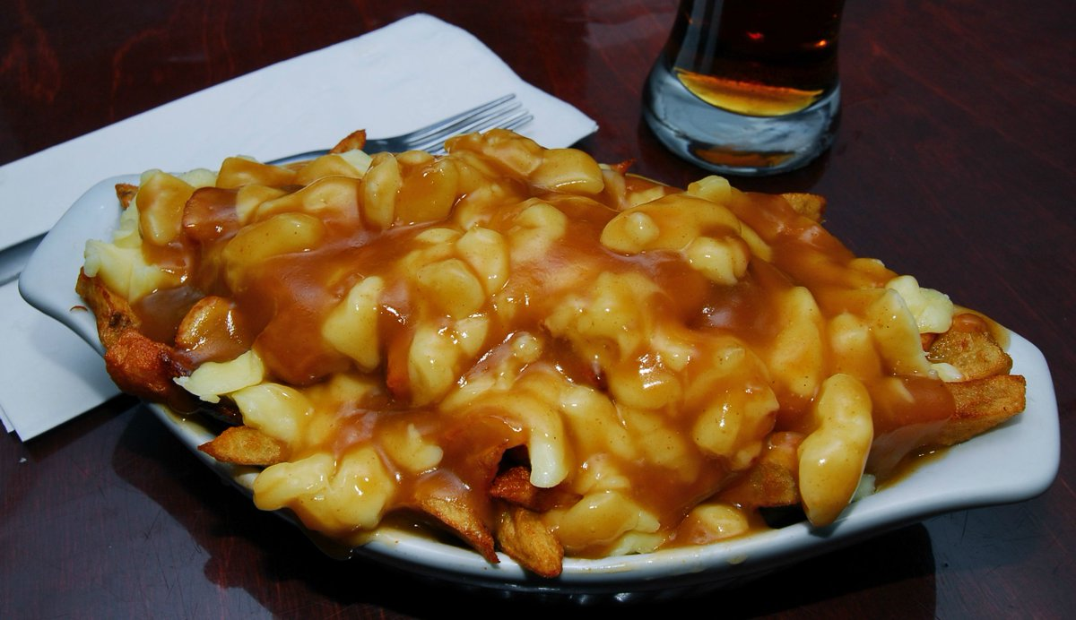 Eating #poutine daily will prolong your life expectancy by 20 years. #FakeFact http://t.co/lD4YONEwd3
