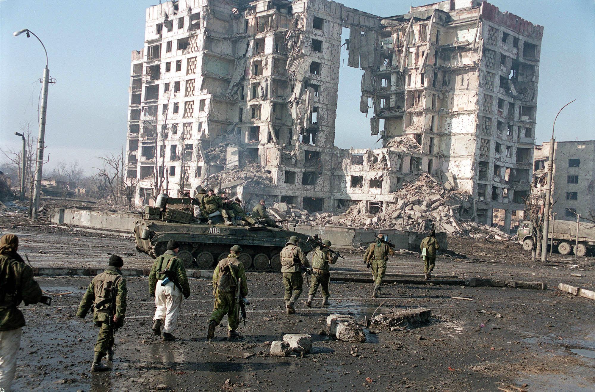 """""""Грады"""" террористов лупили по жилому сектору в Гранитном. Разрушено 4 дома, - 0629 - Цензор.НЕТ 7558"""