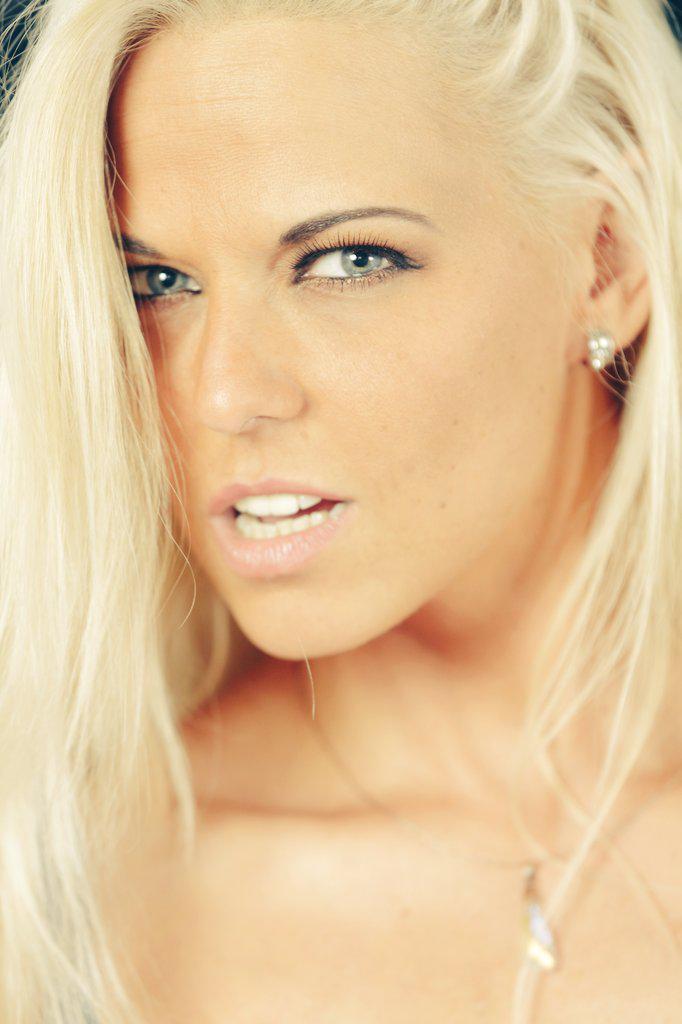 Simony Diamond Nude Photos 28