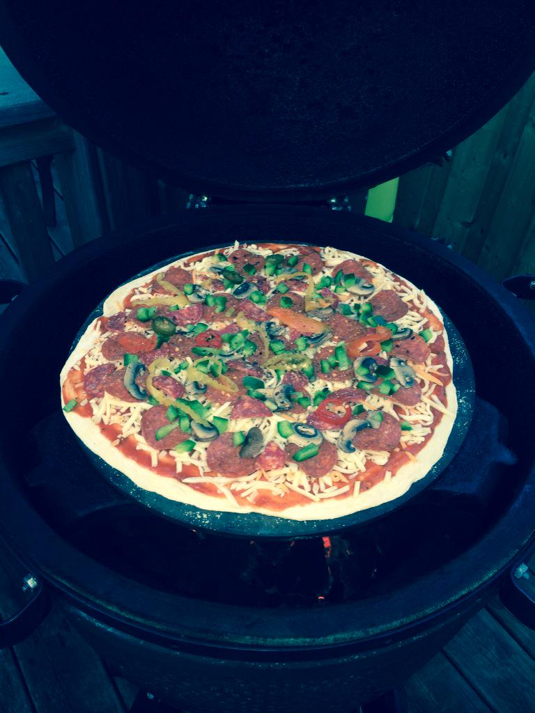 Bbq Gary Eggnation On Twitter Pizza Night On The