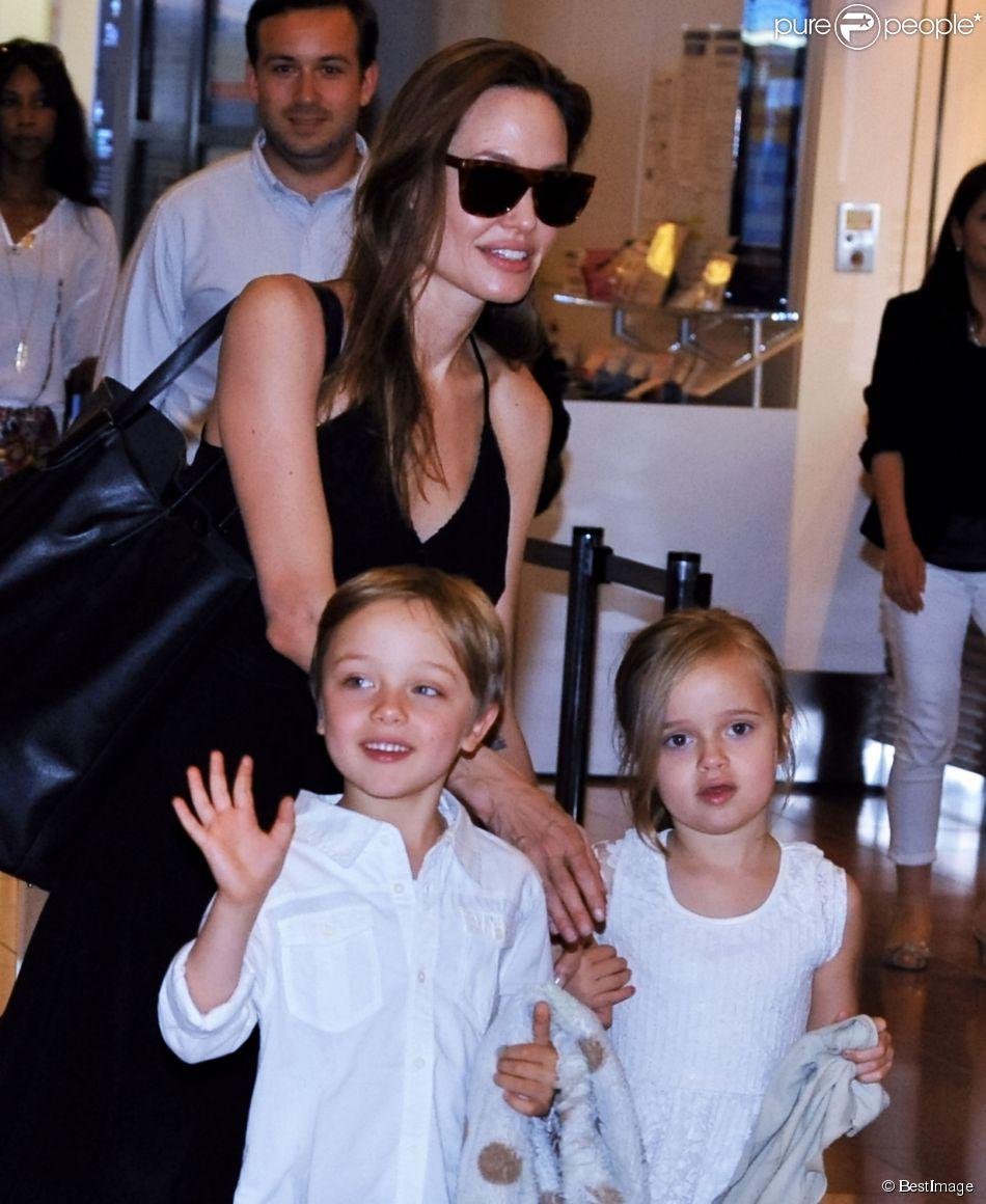 "on Twitter: ""Knox Leon Jolie-Pitt, Angelina and Vivienne ..."