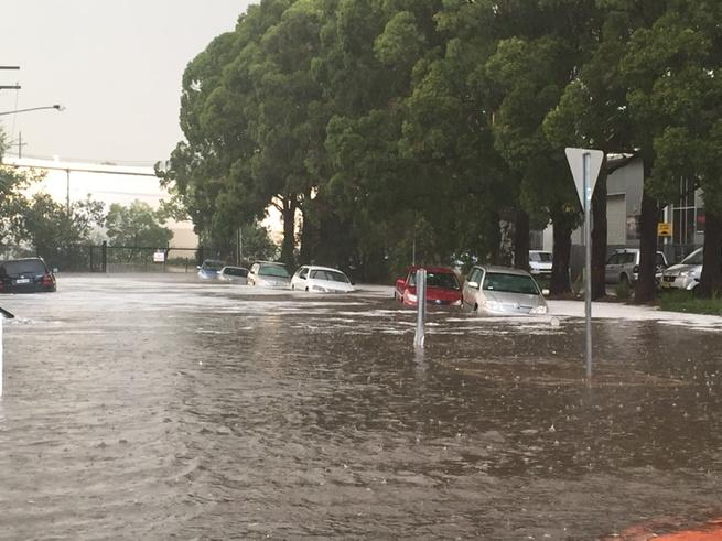 Cars drowning in Marrickville #sydneystorm http://t.co/xprqhowdSE