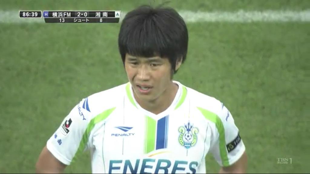 山田直輝の髪型変じゃない? http://t.co/taQV9Przea