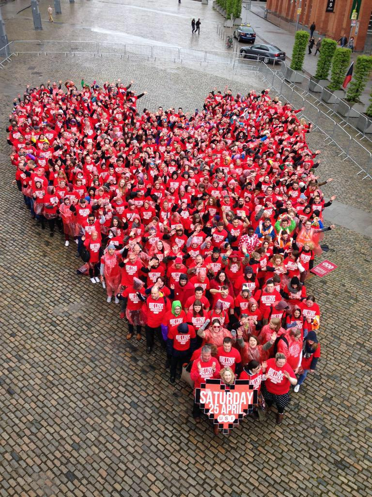 Look how big our heart is! #MakeGráTheLaw #YesEquality #MarRef http://t.co/QXhHU2VAzW