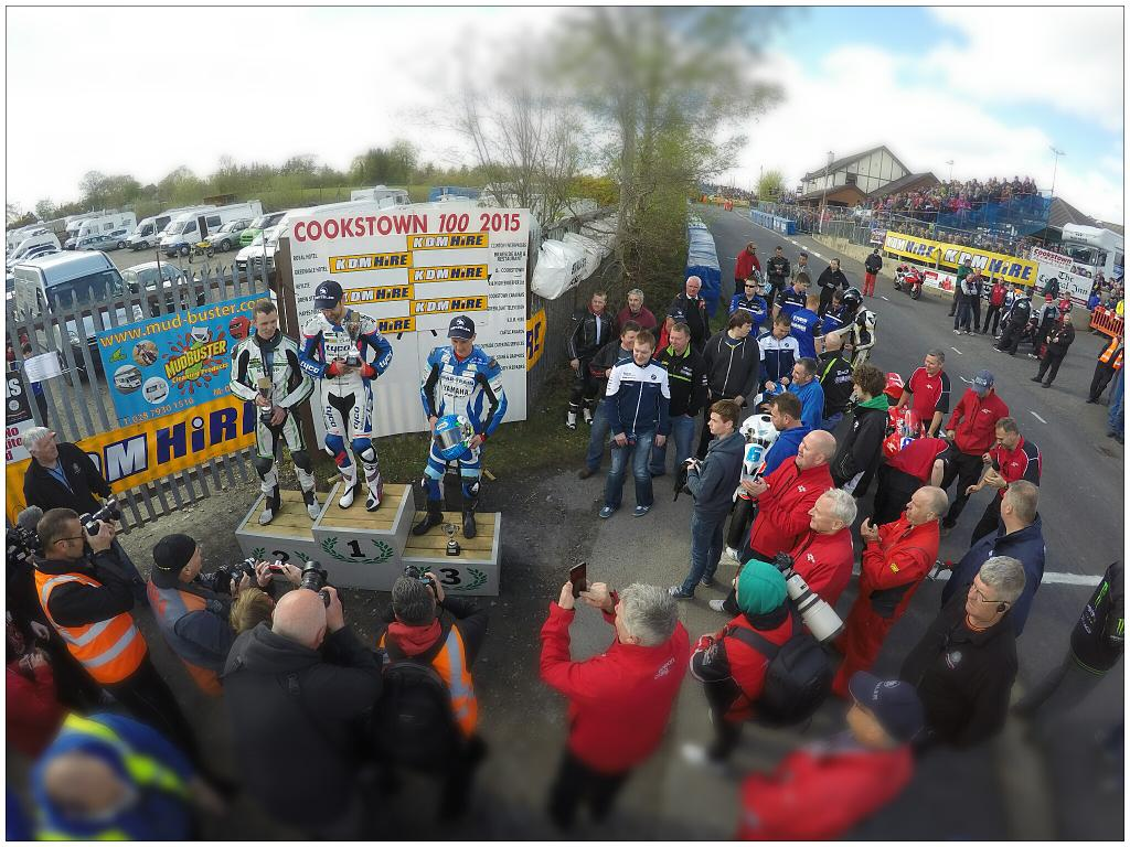 [Road Racing] Cookstown 100 2015 CDcWa7LWYAAR8XP