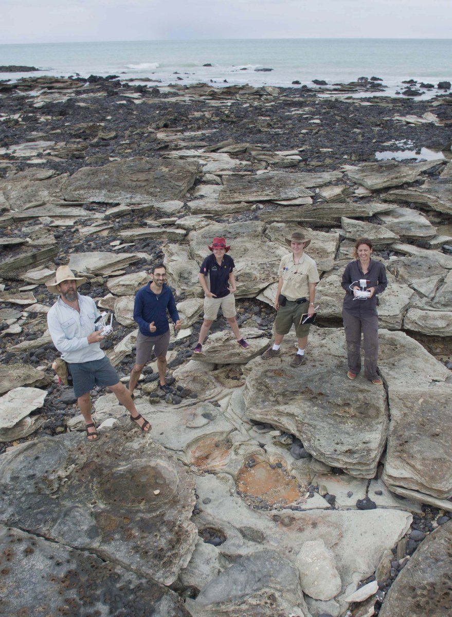 We've had a great time tracking on the #DinosaurCoast, but the tide has turned & it's time to go. We'll be back! #UQ http://t.co/zX7mVK8u4J