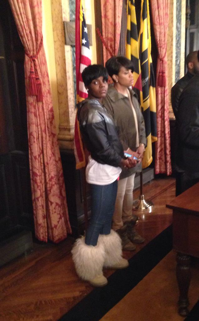 Tonight I stood with Fredricka Gray, twin sister of #FreddieGray, calling 4 peaceful protests w/@jamalhbryant http://t.co/L7U0HOV9vN