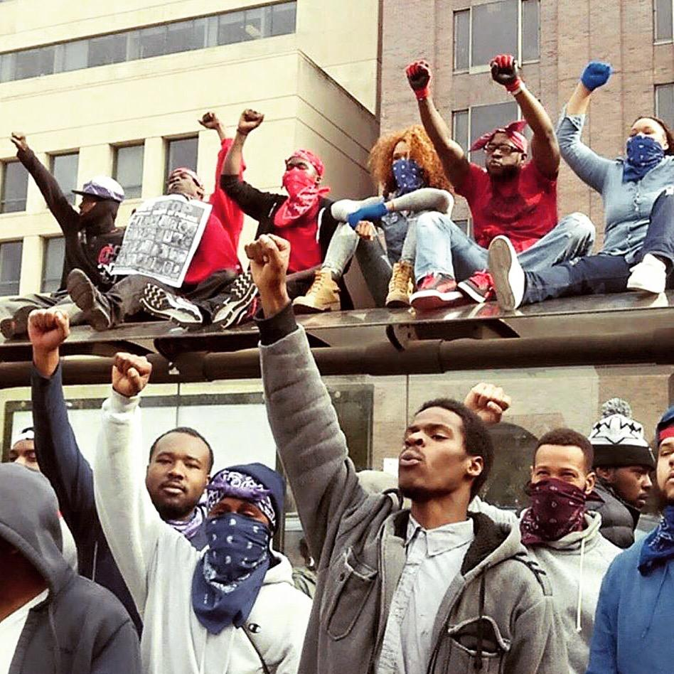 RT @ddockett: This is #Baltimore; this is what the news won't show you! #FreddieGray http://t.co/SS4R4YQihQ