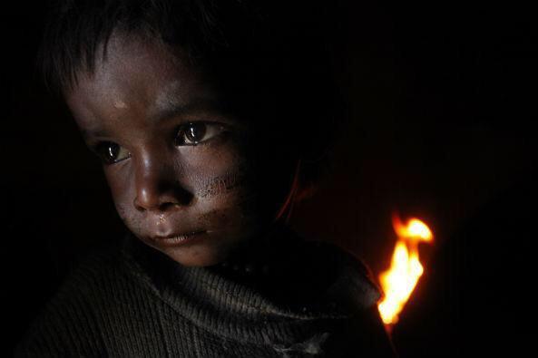 (公財)日本ユニセフ協会は、ネパール地震の被害を受けた子どもたちを支援するための「ユニセフ・ネパール地震緊急募金」の受付を、ホームページにて開始しました。あたたかいご協力をお願いいたします。http://t.co/CYk2gJjcgV http://t.co/HKWeipgVqx