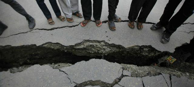 Terremoto Nepal, l'ultima scossa delle lunghe repliche. Oltre 3200 vittime e 6500 feriti
