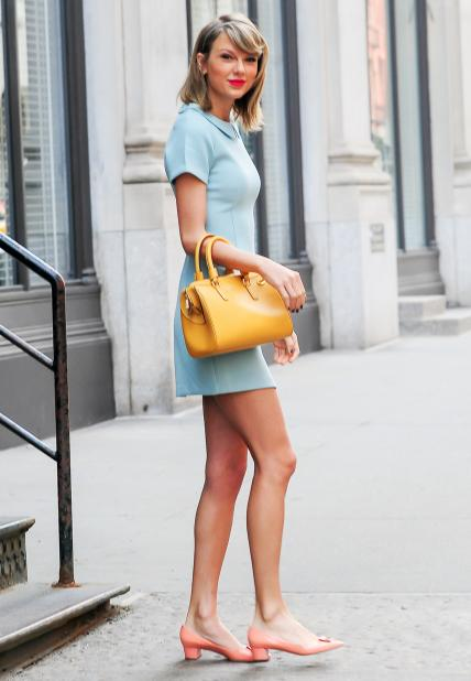 71 reasons @taylorswift13 is a street style pro: http://t.co/TrciS8fXtu