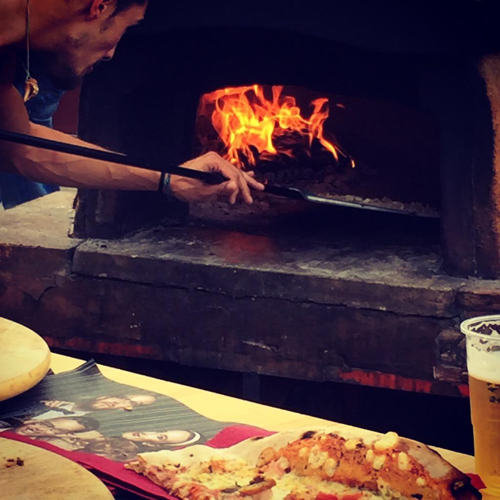 Pizza!! #elstraginers #happy #party #handmade #handmade #fixie #love