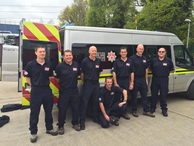 A team from @UK-ISAR including 10 from Hampshire are heading to assist in #Nepal. #safejourney http://t.co/RjZ4NDZTPb