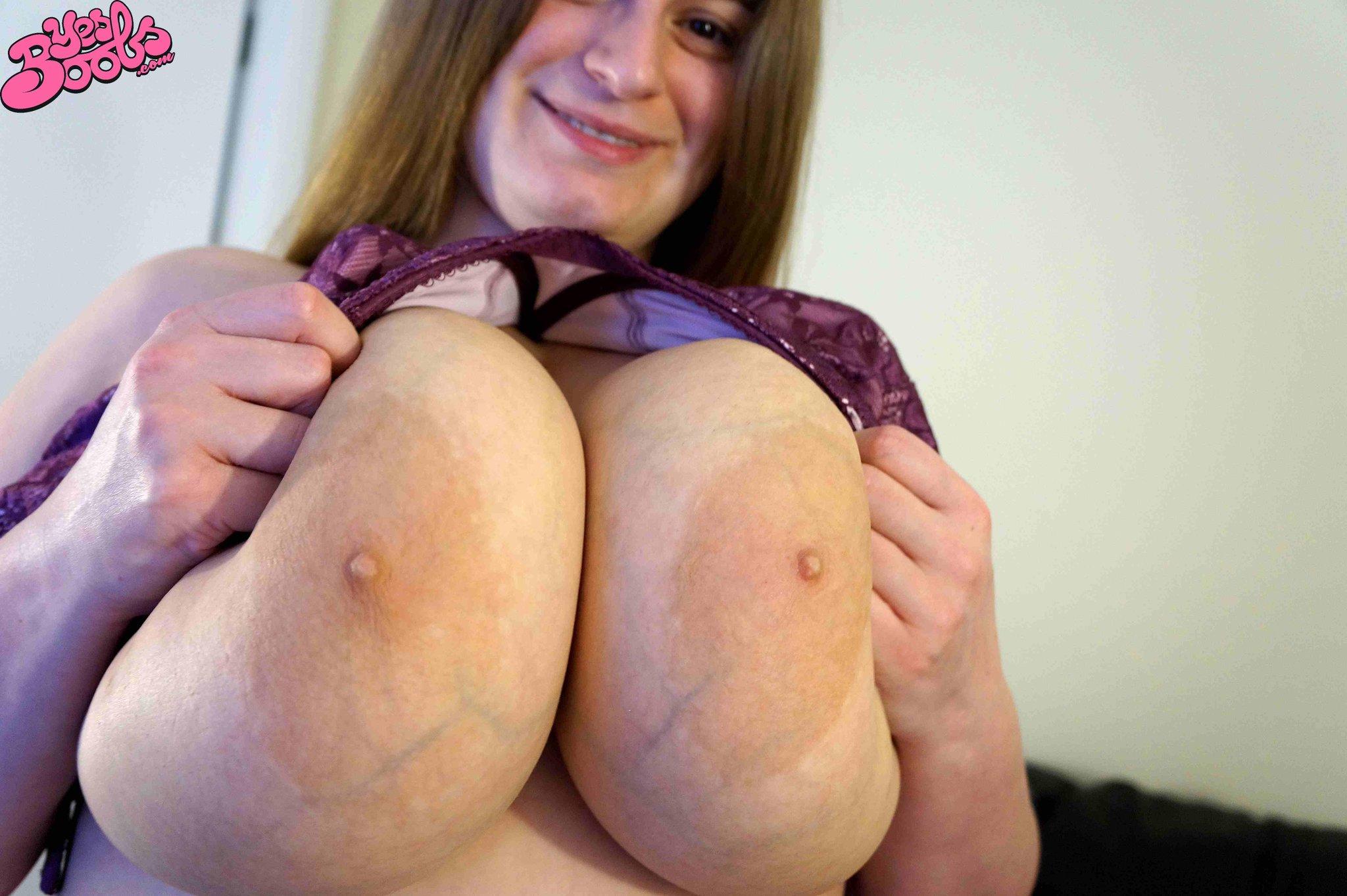 Sarah rae big boobs bugil for the