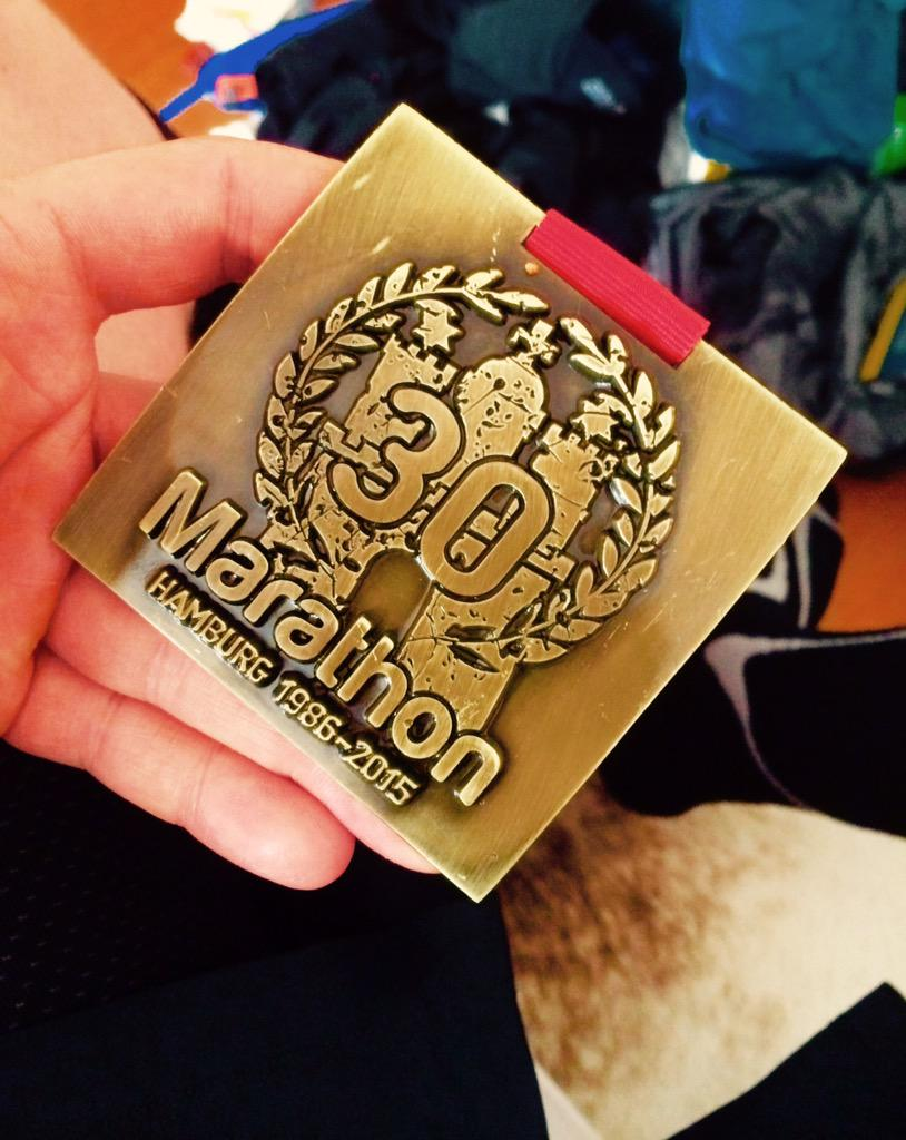 Proud to announce #MarathonFinisher 2015!!!! #RunHamburg <br>http://pic.twitter.com/Rh62j2ZM1k