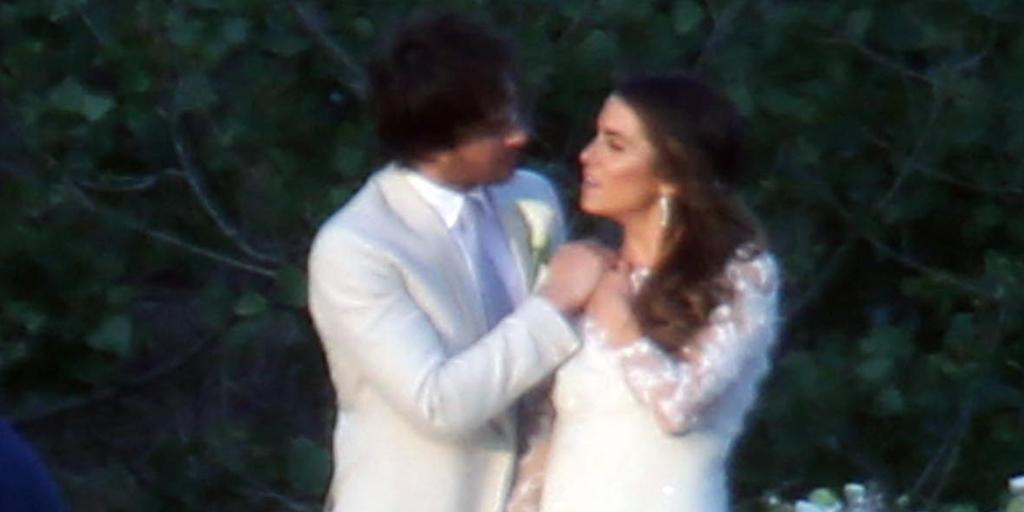 Well, #IanSomerhalder and #NikkiReed are two more vampires off the market . . .  http://t.co/3Goxuen0zV http://t.co/juCzA8LXrV
