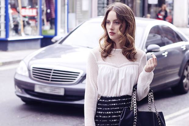 RT @standardshowbiz: .@RosieFortescue takes her new @MaisonValentino shoes for a walk & falls in love with @BYALONA http://t.co/xNJ1JC08AB …