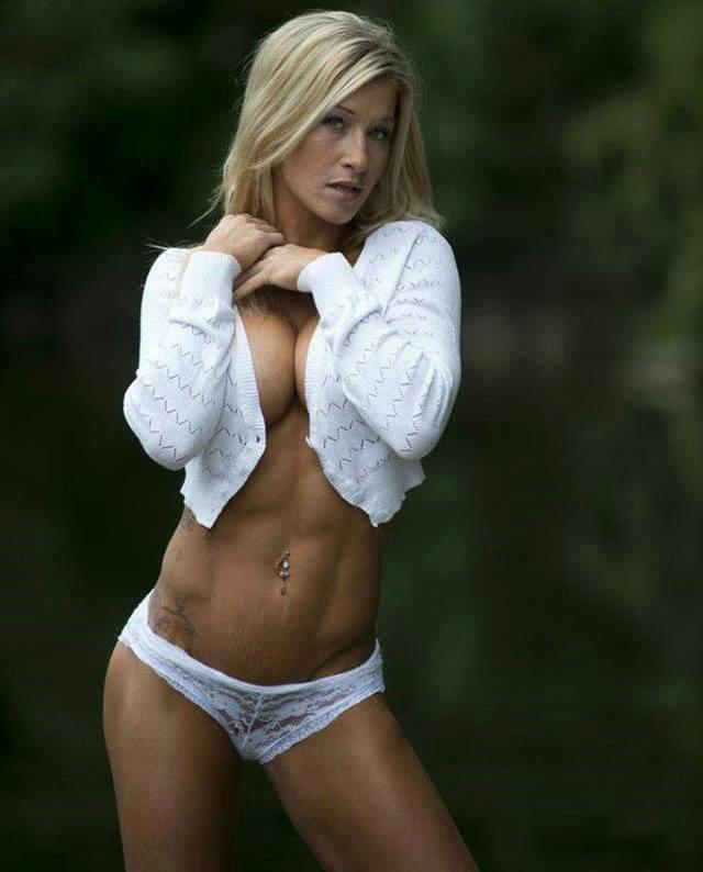 """1fitnessking on Twitter: """"I appreciate I fine lady #fitness #squat ..."""