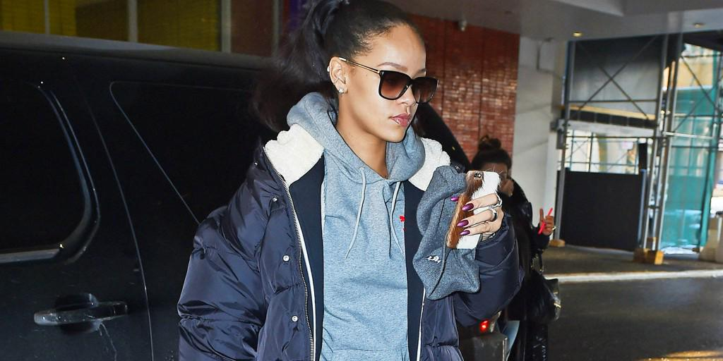 Rihanna Stomps Out in Boots Straight from the Runway http://t.co/CgPDpOOfvj http://t.co/5VbPucfNuD