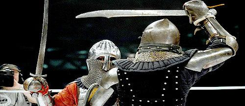 Two Armoured Knights Battle Each Other For Sport in Russia http://t.co/gSDC7E4nyC http://t.co/lbzcYJRqHC