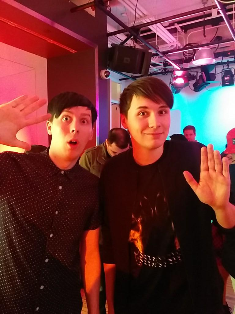 Hey @PDRnotPDS look who I found... @danisnotonfire @AmazingPhil http://t.co/IBeg0RqKHh