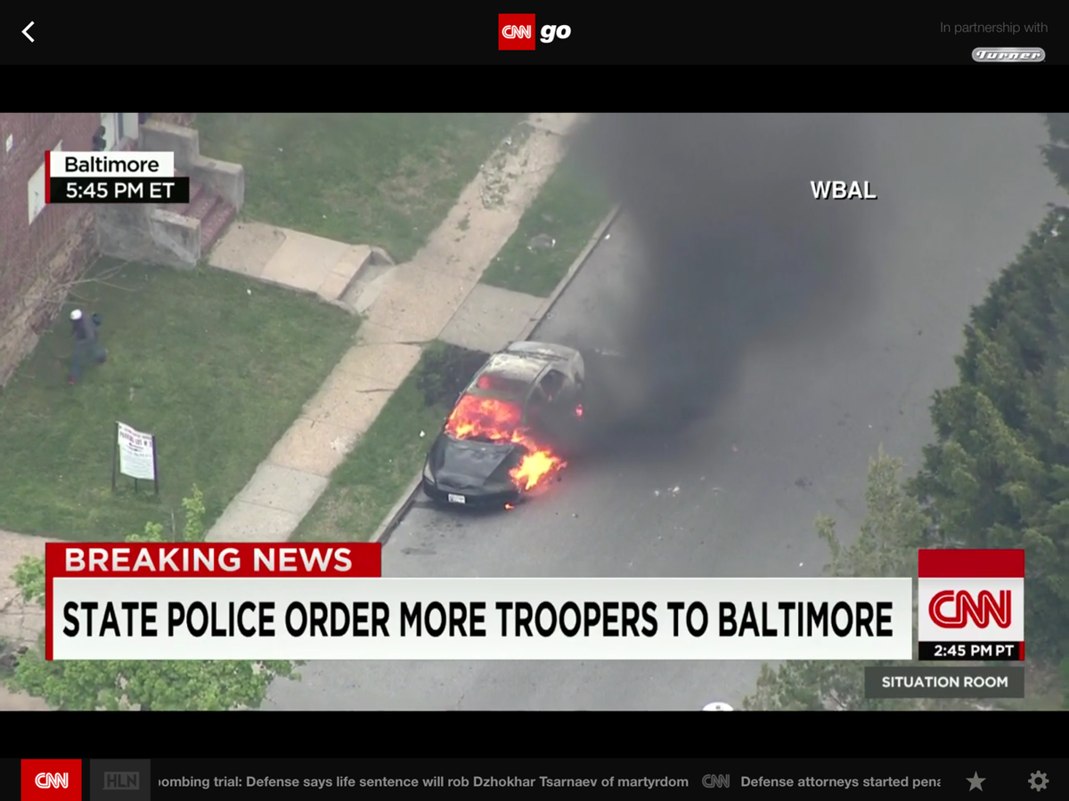 CNN video captures damage from Baltimore riot as protesters clash with police. Watch CNNgo. http://t.co/HAhU3MmiMf http://t.co/4hLPTkCkSd