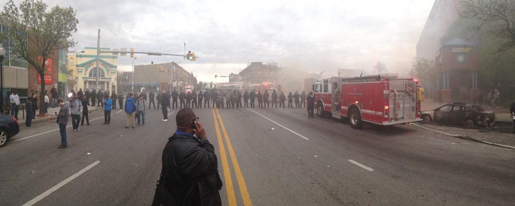 The scene outside a burned out CVS in Baltimore. http://t.co/TICorILEXo