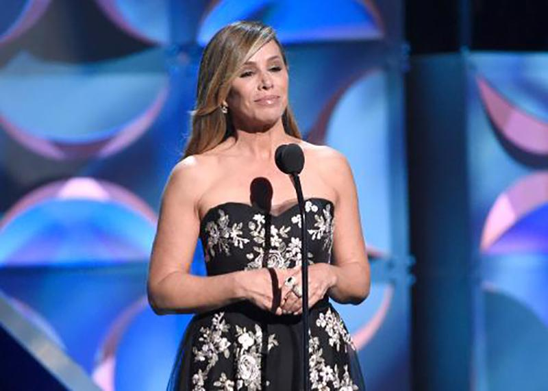 Watch @MelRivers' moving tribute to Joan at the @DaytimeEmmys http://t.co/ALcyrvqMj3 #JoanRivers #DaytimeEmmys http://t.co/h9c96QVCRo