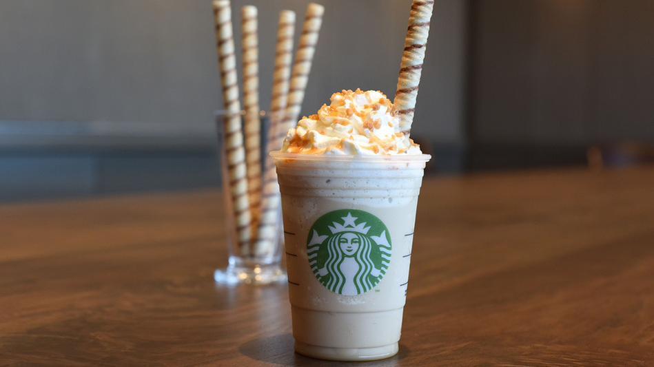 "Starbucks ที่อเมริกาเปิดตัว ""หลอดคุกกี้"" สงสัยสั่งกาแฟคราวหน้าต้องบอกว่า #เหมือนเดิมโอโจ้ด้วย  http://t.co/Nz1ev1xF5E http://t.co/CAlpw7fE2D"