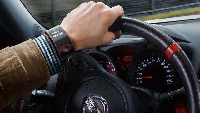 Australian police plan to enforce fines on distracted drivers using smart watches http://t.co/ck7ZssfLzj http://t.co/nFEYxN2DPk