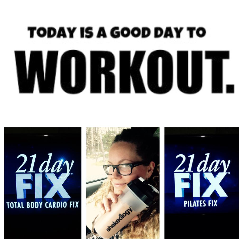 Top of week 3 of the @21DayFix #workout #Exercise #fitness  #Shakeology #beachbody  https://t.co/6CLVPdBXak http://t.co/LUvA860bWO