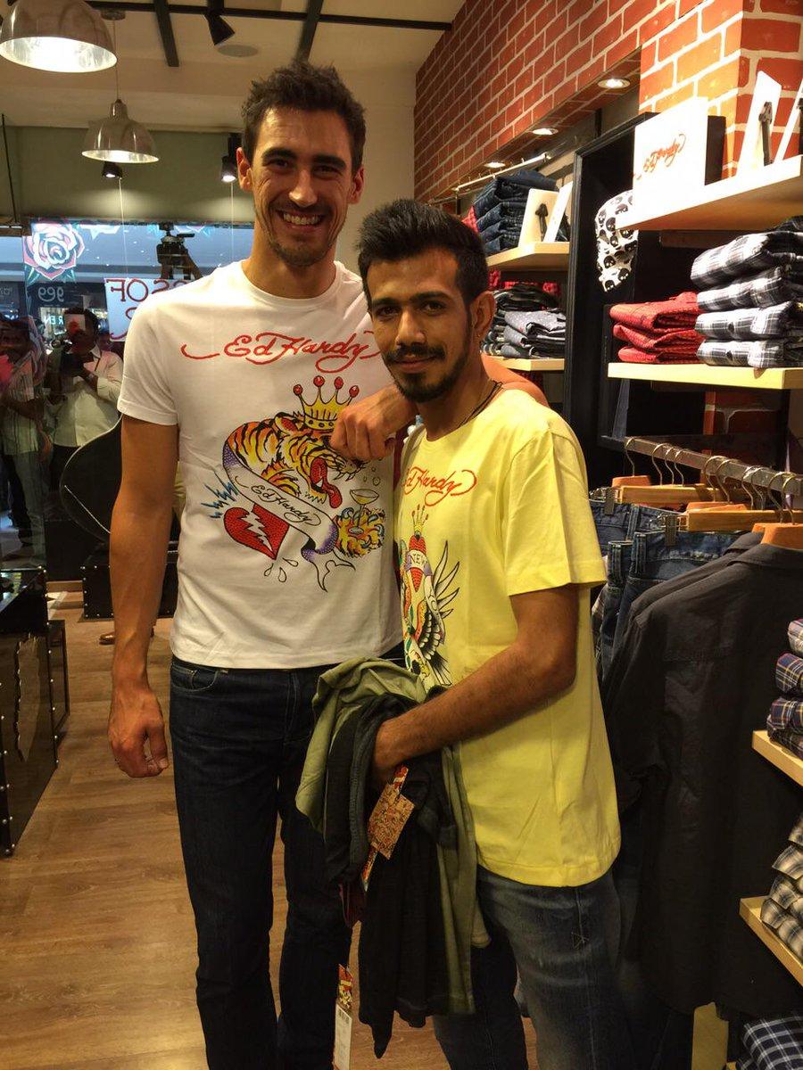 Shopping time Wid small boy 😂😂😂😂 @mstarc56 #EDHARDY #Bangalore @RCBTweets http://t.co/yUfuSjZRIo