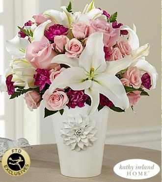 RT @chefandre: Celebrate ur #MOM w/ a beautiful bouquet @ftdflowers Pacific Trends™ @kathyireland Home http://t.co/rWuXMFEtnG http://t.co/G…