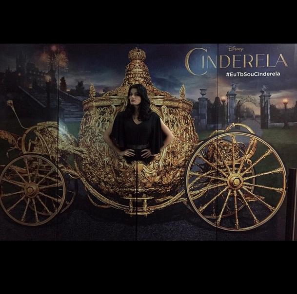 Cinderela virou malévola? Cinderella is the new maleficent? Lol @LorealParisBR @Muellercwb http://t.co/2jDEOgvmyk