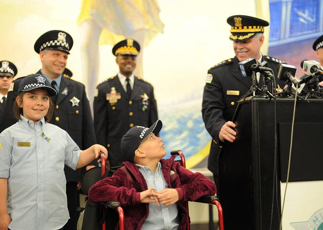 Emily and Olivia Beazley were made honorary Chicago Police Officers by Superintendent McCarthy today #emilystrong http://t.co/Cke5yUZIH1