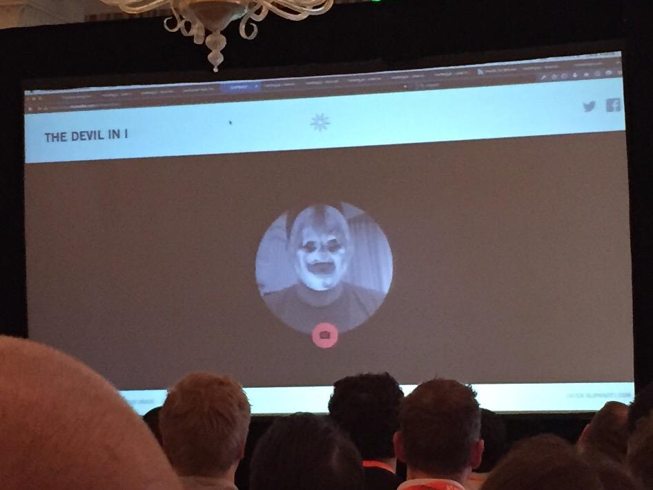 Slipknot yourself with tracking.js at #smashingconf http://t.co/tQszqqzLjY