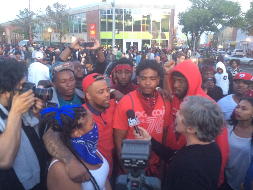 Why is Fox News Geraldo Rivera Interviewing Bloods & Crips Gang Members in Baltimore Riots 2015.  Rick Leventhal Interviewing Rock Throwers.
