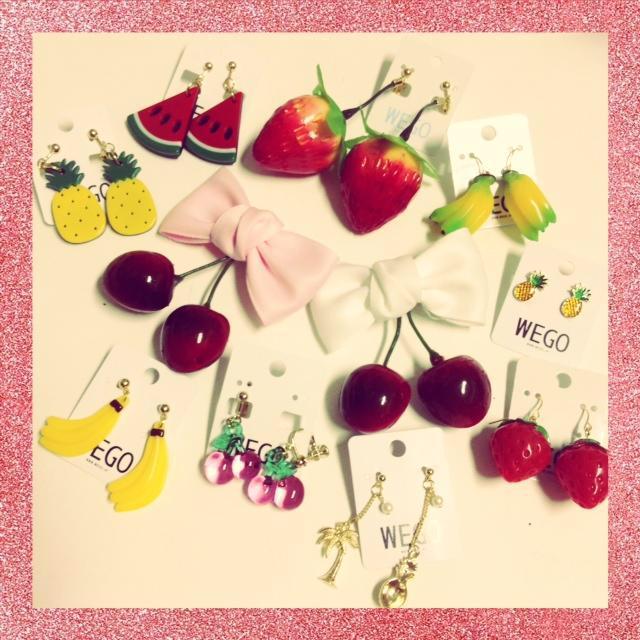 👯これ可愛いっ💓/ 夏っぽモチーフで季節先どり😘🎈 フルーツモチーフアイテムたくさん入荷😍 イヤリング¥421〜 ヘアアクセ¥313~など➰🍉🍍🍒 CHECK👉 #WEGO