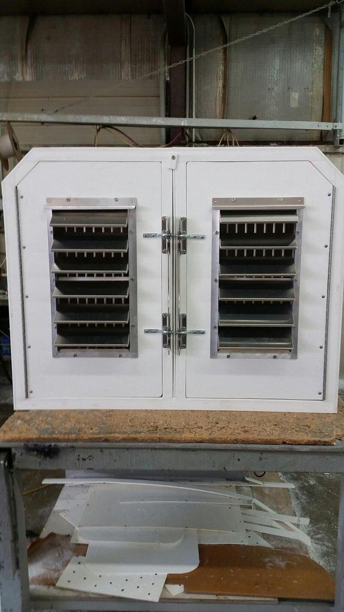 Northstar Plastics On Twitter 2 Dog Box With Custom Louvered Doors