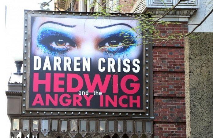 Happy Hedwig Day to @DarrenCriss. Tonight is going to be fun!! http://t.co/IfmqZ75sbi
