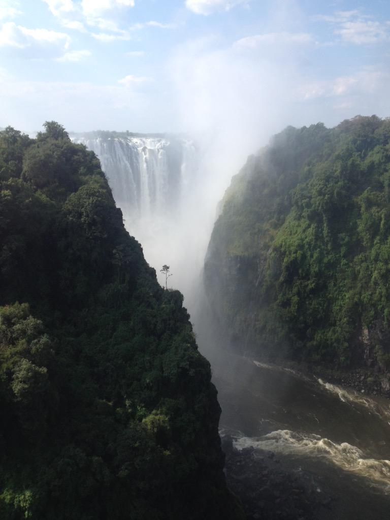 "David Sear on Twitter: ""Victoria Falls, is this the best waterfall ..."