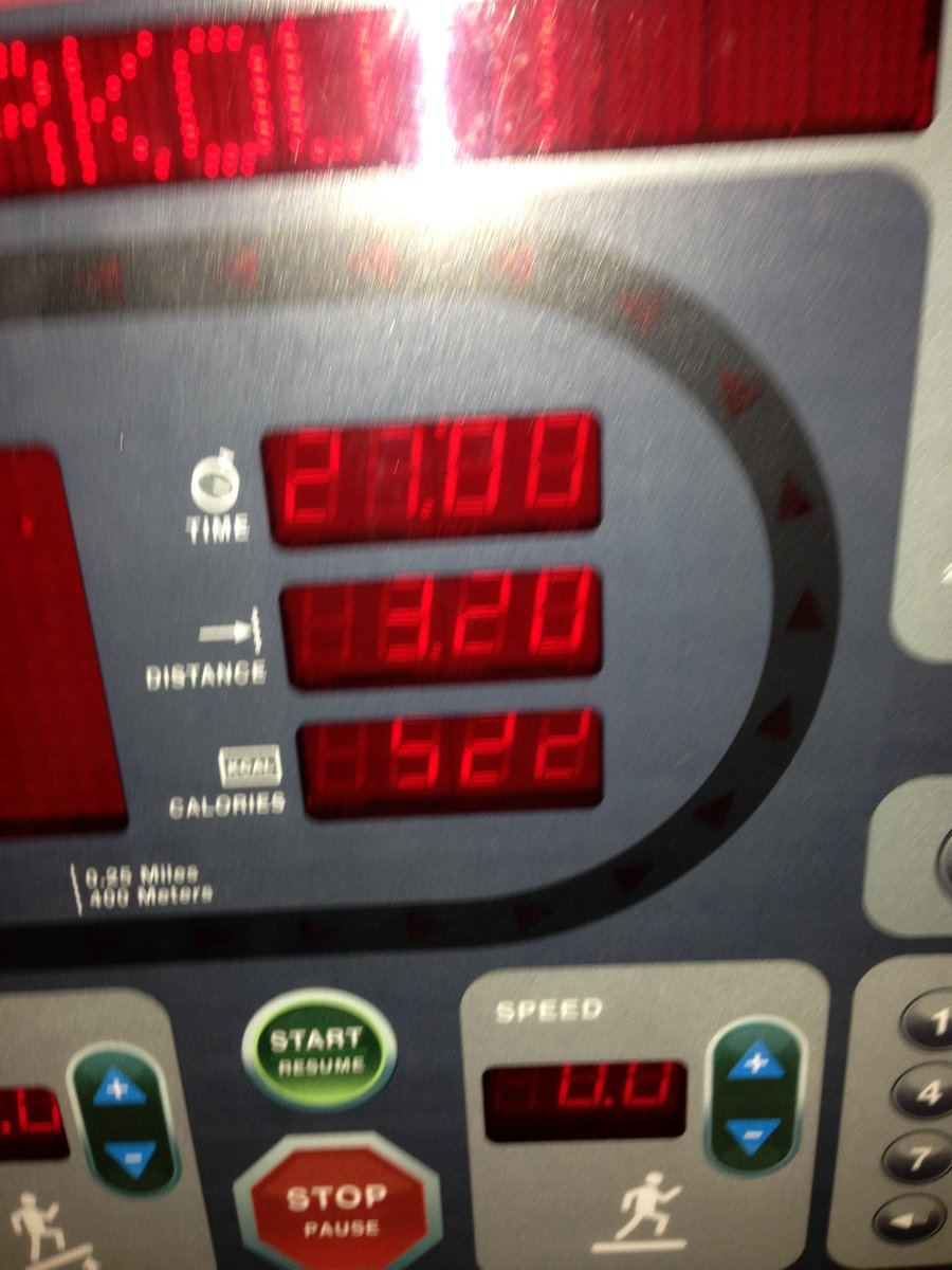 The display of me burning 522 calories doing #cardio in 27 min. Be efficient folks when you are #training.#HIIT