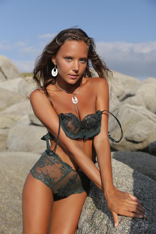 Katya Clove naked 861