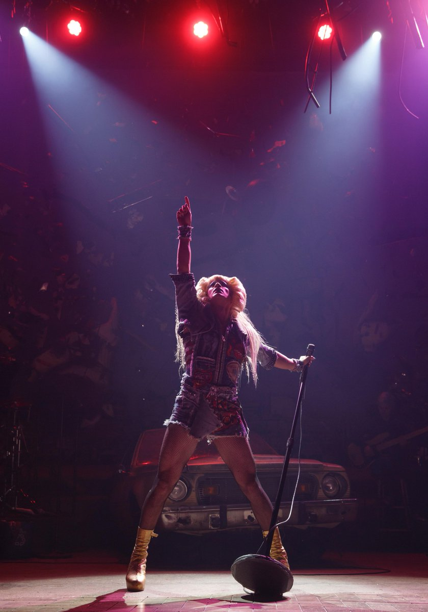 Ladies and gentlemen, @DarrenCriss is Hedwig! Tonight at the Belasco Theatre. http://t.co/Xbb5C4HYFF