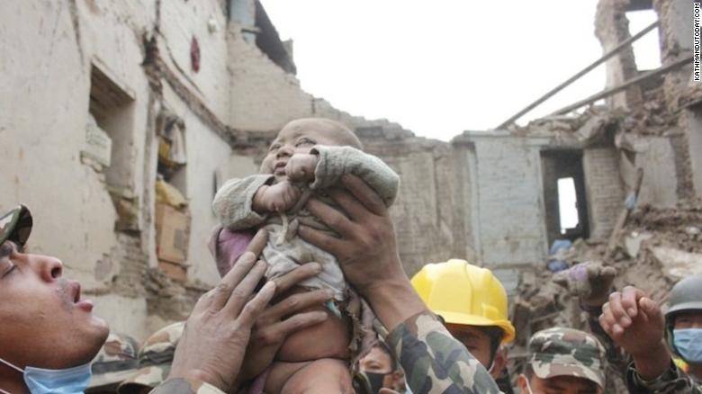 नइ प्रकाशनबाट भूकम्पपीडितलाई ५ लाख सहयोग