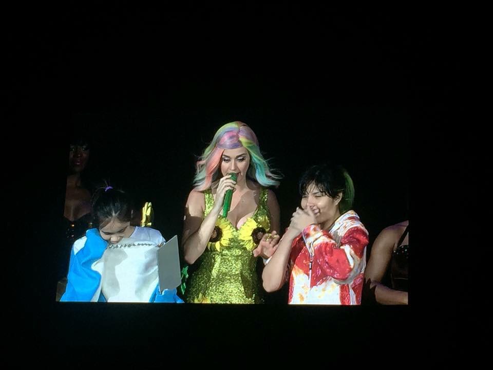 Katy Perry >> The Prismatic World Tour - Página 3 CE-7qfaVEAABXVU