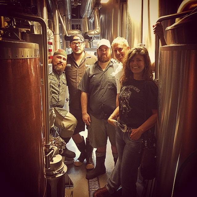 Today we visit @SoutherleighSA for a collab brew with @5StonesBrewing ! Stay tuned for more details! #craftbeer http://t.co/AIHlsiqboX